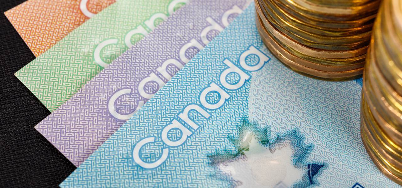 Canadian dollar is awaiting the jobs data